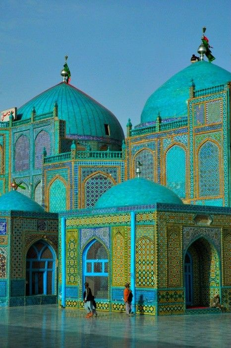 blue mosque mazar-e-sharif afghanistan