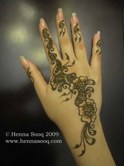 floral mehndi designs for hands 4