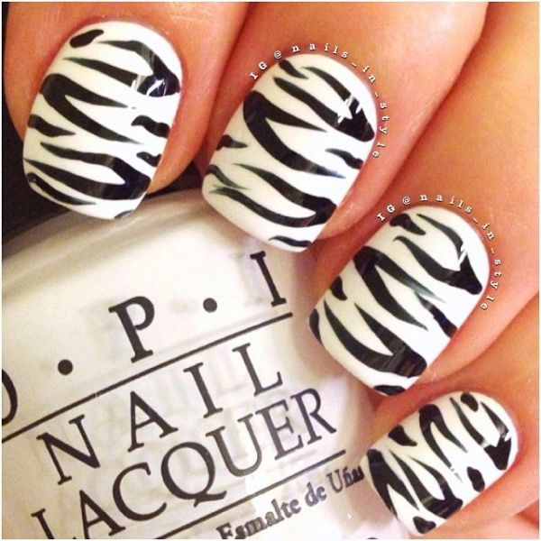 2 black and white nails designs