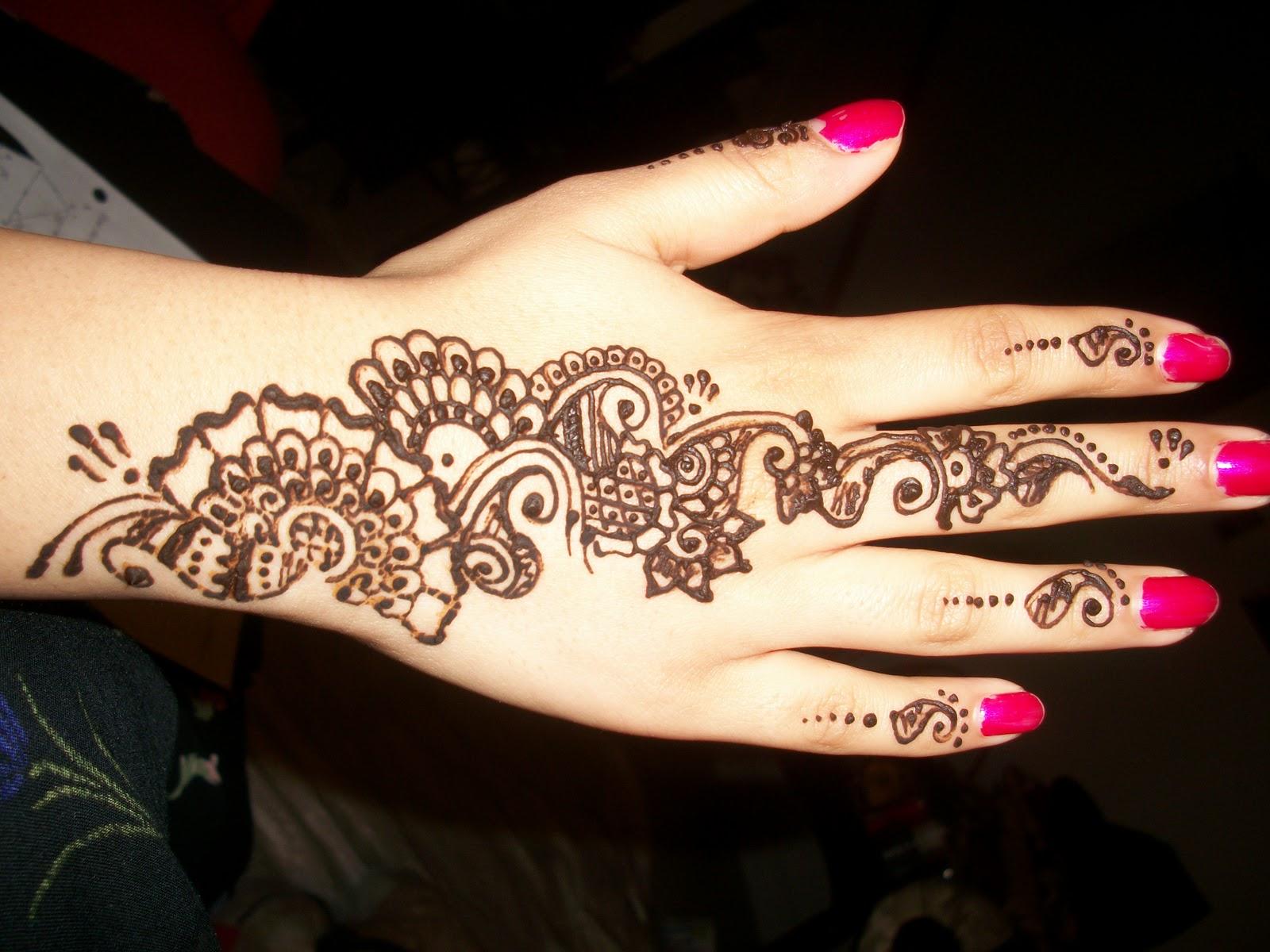 Simple Mehndi Patterns Wallpapers : Beautiful arabic henna mehndi designs for girls hands