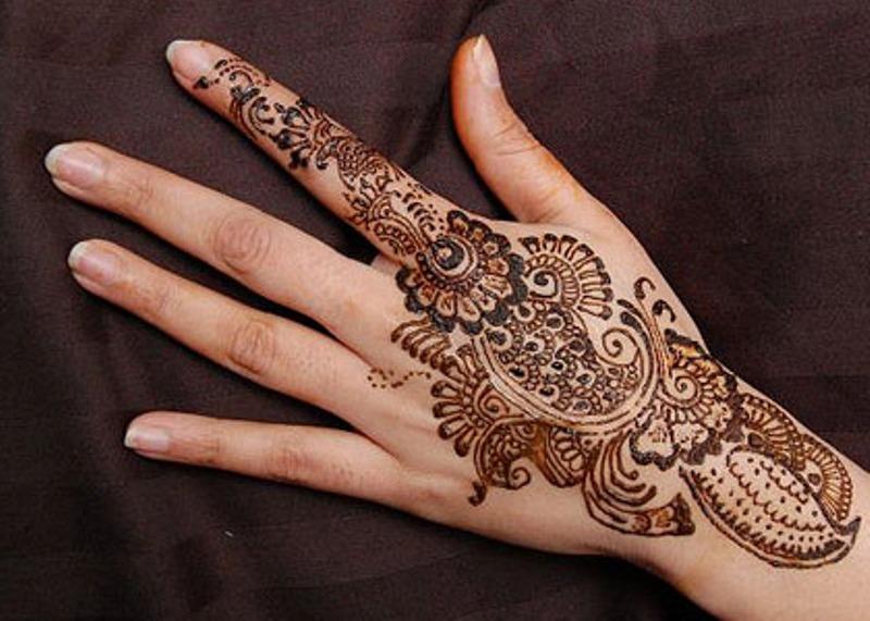 Henna Mehndi Quotes : Tattoo design flowers and stars mehndi henna ▻ gallery