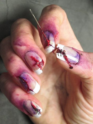scary zombie inspired halloween nails