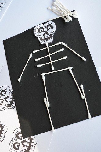 spooky halloween craft idea for kids