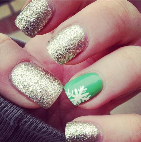 festive nails for winter season