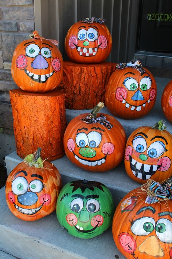happy-painted-pumpkins-decorations