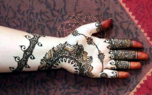 half moon henna art