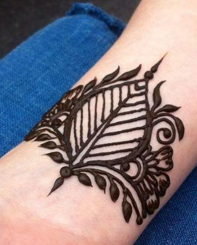 henna leaf design