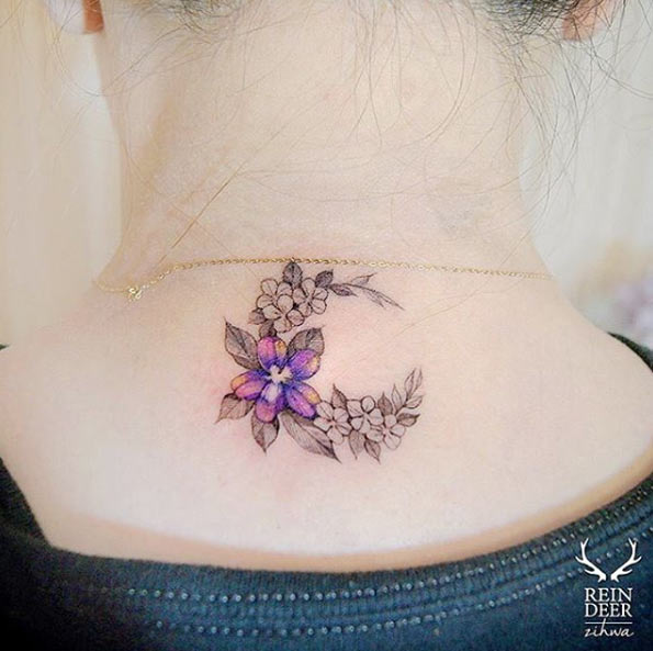 Tattoo For Womens Neck: Back Neck Tattoo Ideas For Women Girls