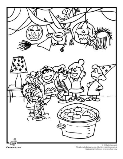 Charlie Brown Halloween Party Coloring Picture