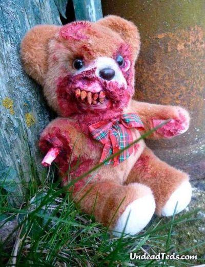 Sleep tight, don't let the teddy bite Halloween Prank