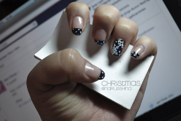 Simple Black Winter Nails