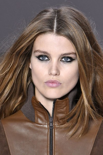 fall winter makeup trends All-Around Eyeliner