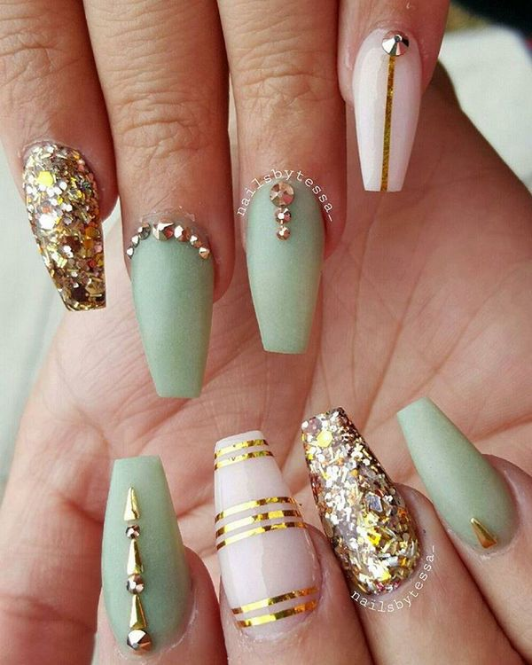 Royalty Gold Coffin Nails