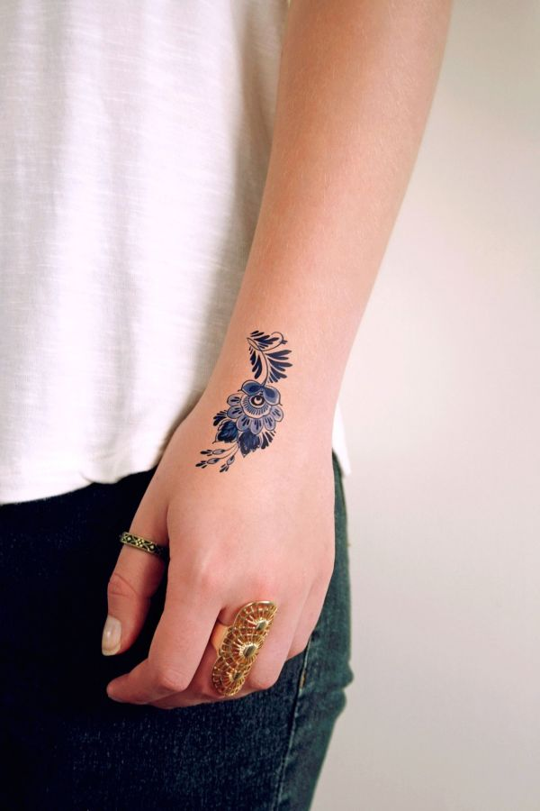25+ Intricate Small Flower Tattoo Designs and Ideas for