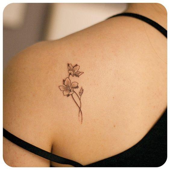 4-small Flower Tattoo Design