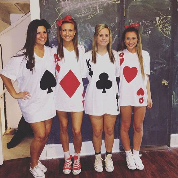 deck of playing cards halloween costume ideas for college girls