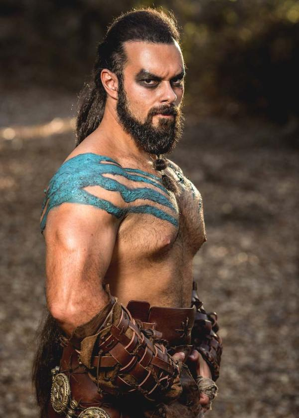 game of thrones character kahl drogo halloween costume ideas for men with long hair