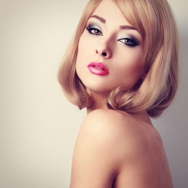 smooth curls long inverted bob