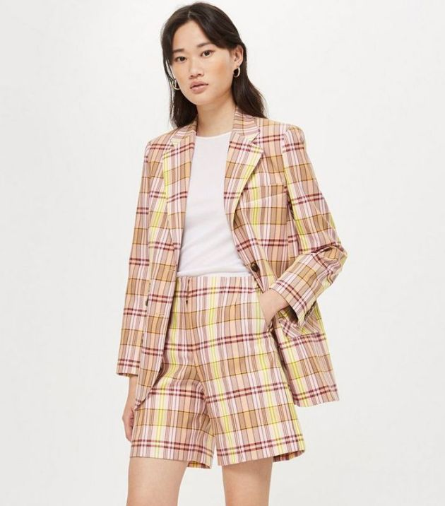 trendy spring 2019 blazer with shorts outfit ideas
