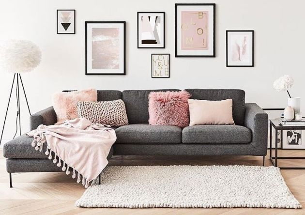 wall and sofa decor ideas for girls room