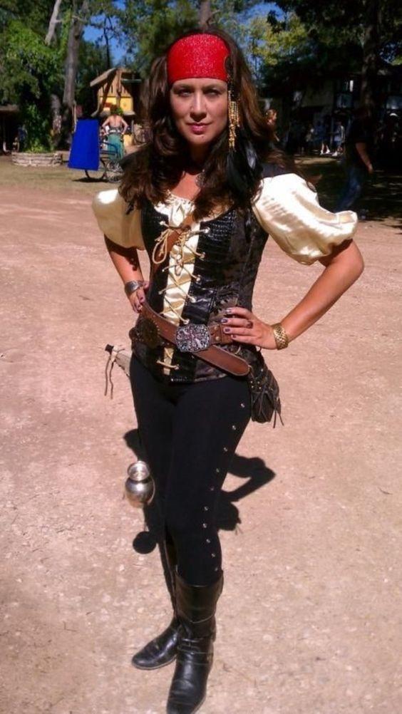 womens pirate costume ideas
