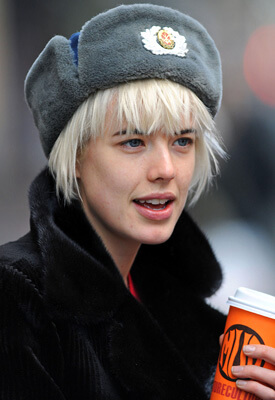 winter hats for women with short hair