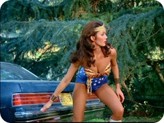 Wonder_Woman_in_action