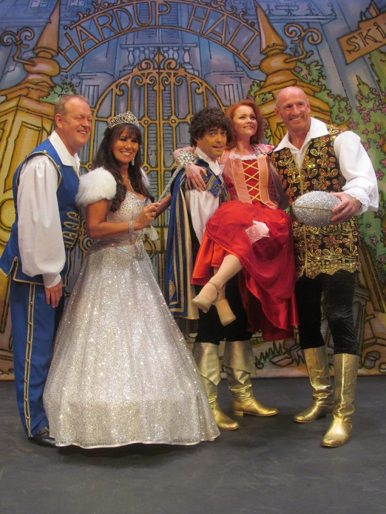 Andy Jones, Linda Lusardi, Lee Mead, Holly Bluett and Gareth Thomas line-up for Cinderella at Cardiff's New Theatre. Photo: Andy Howells