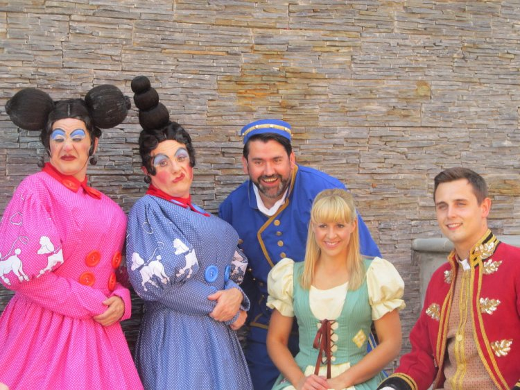 Nic Gibney, Liam Tobin, Richard Elis, Elin Llwyd and Lloyd Green will star in Newport's 2016-17 Riverfront pantomime, Cinderella. Photo: Andy Howells.