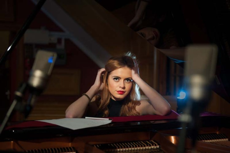 Sophie Evans duets with John Owen Jones on Come What May