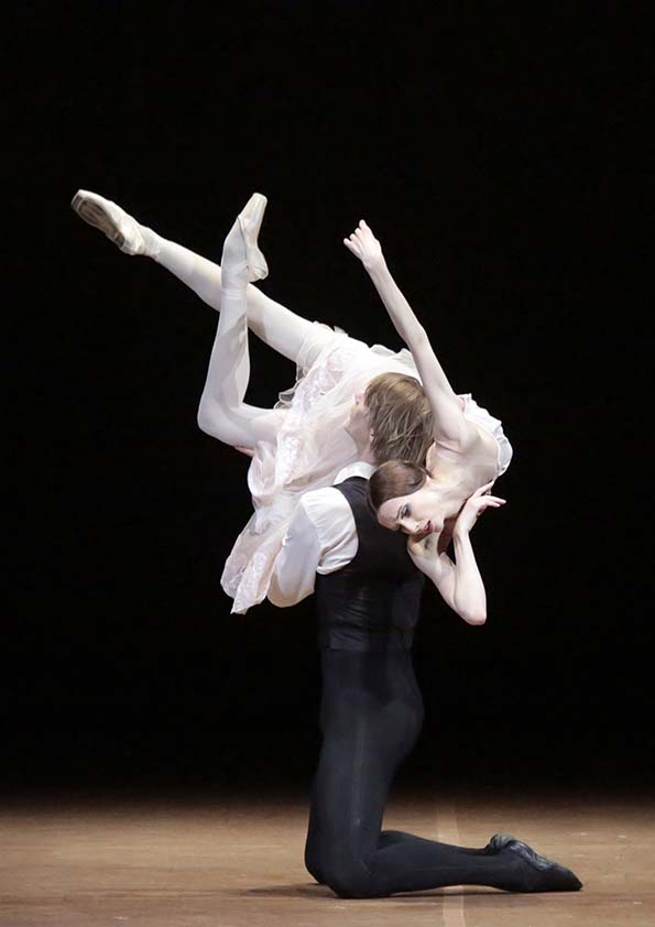 Web_Bolshoi Ballet Lady of the Camellias image 1.jpg