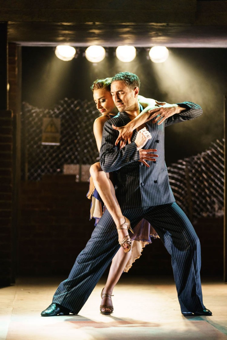 Vincent and Flavia will bring Tango Moderno to Cardiff New Theatre