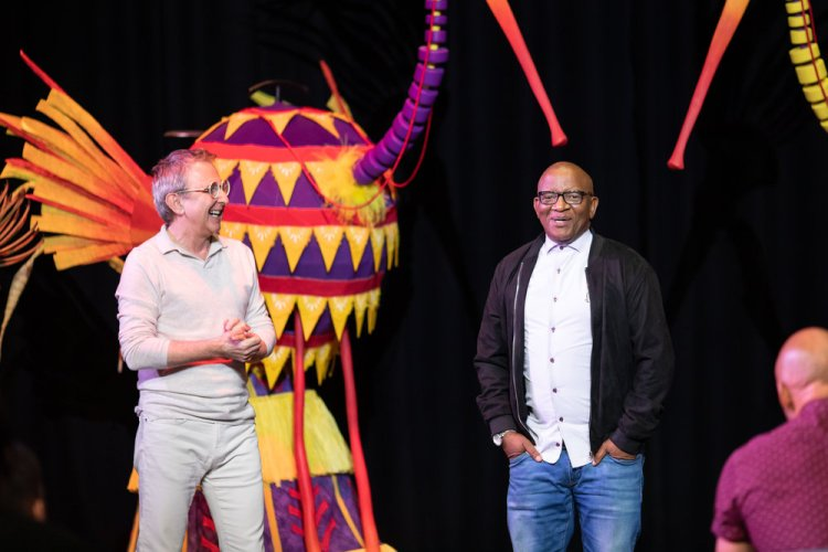 Thomas Schumacher and Lebo M at the first day of rehearsals for Disney's The Lion King UK tour. Credit Helen Maybanks ®Disney