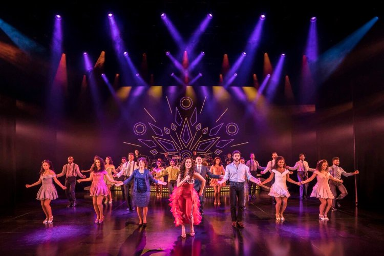 Philippa Stefani 'Gloria Estefan' and Company in  On Your Feet!  which runs at Wales Millennium Centre from 21-26 October 2019. For ticket details visit www.wmc.org.uk Photo Johan Persson