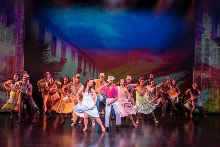 Philippa Stefani 'Gloria Estefan' and Company.in  On Your Feet  which   continues at Wales Millennium Centre until October 26.Photo Johan Persson