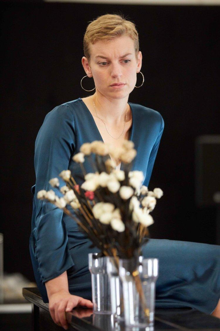 03. Hedda Gabler at Sherman Theatre. Photo by Mark Douet 650A8809.jpg