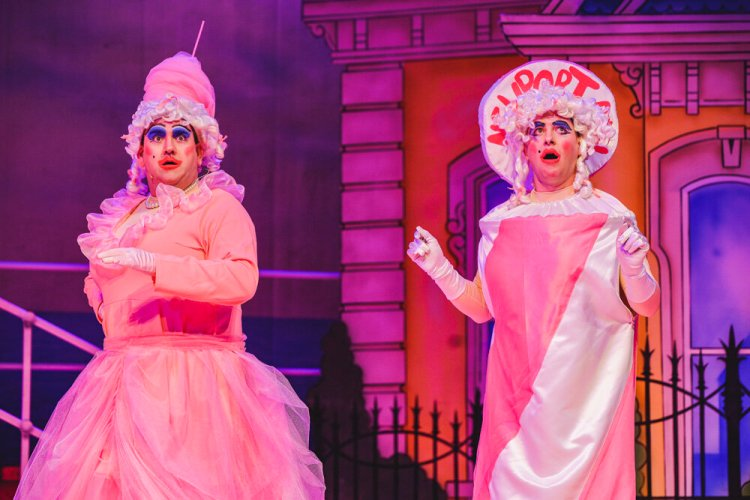 Richard Elis as Candy and Geraint Rhys edwards as Flossie in Newport Riverfront's 2019-20 pantomime, Cinderella. Photograph by Kirsten McTernan
