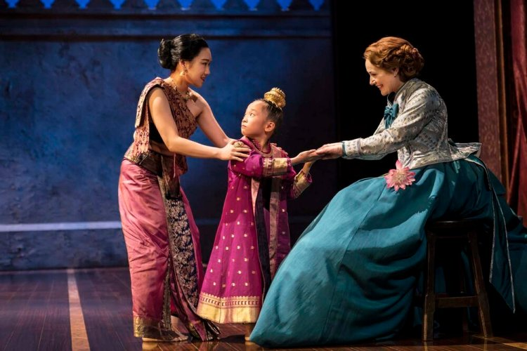 The King and I Credit Johan Persson.jpg