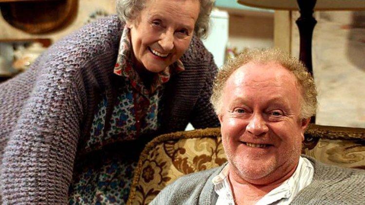 Margaret John as Mam and Robert Blythe as Fagin in High Hopes. Photo: BBC IPlayer