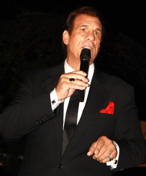 Robert Davi - Crooning Sinatra