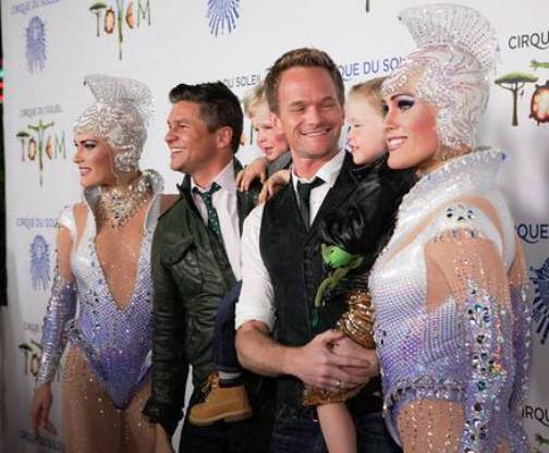 Neil Patrick Harris, David Burtka & their Twins along with Beauties from TOTEM