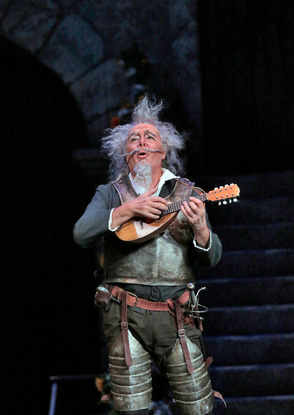 Bass Ferruccio Furlanetto is Don Quixote in San Diego Opera's DON QUIXOTE, April 2014. Photo copyright Ken Howard.