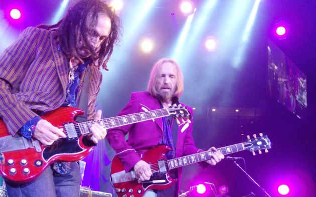 Mike Campbell and Tom Petty (photo by Brad Auerbach)