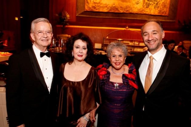Ed & Alicia Clark (Benefactors) with Veronica Villarroel (Florencia) & Jose Carbo (Riolobo)