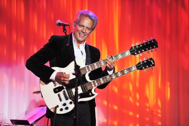 Don Felder performing at Phoenix House Event