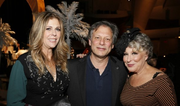 Rita Wilson, Director Ben Donenberg, Bette Midler at Simply Shakespeare