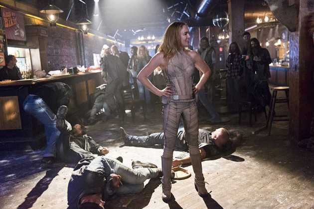 DC's Legends of Tomorrow, Caity Lotz as the kickbutt White Canary