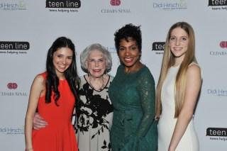 Teen Hero honoree Sarah Cohen, TEEN LINE founder & honoree Dr. Elaine Leader, emcee Sheryl Lee Ralph and Teen Hero honoree Sabrina Bell (Photo by Vince Bucci)