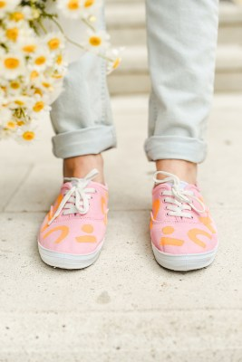 DIY Abstract color block sneakers