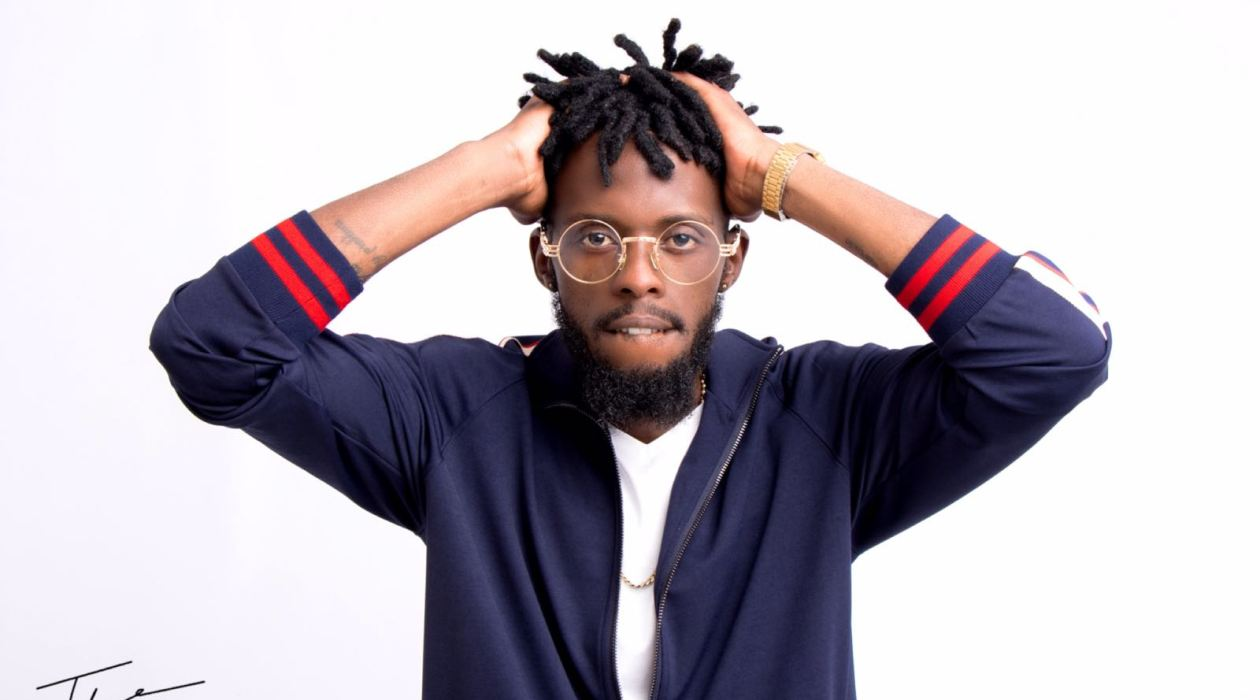 All Takura wants to do is #FillUpHICC, what's with the Hate Zimbos?